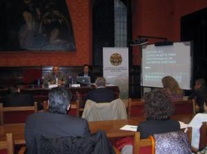 El seminario se ha desarrollado en el Salón Rojo de la Facultad de Derecho